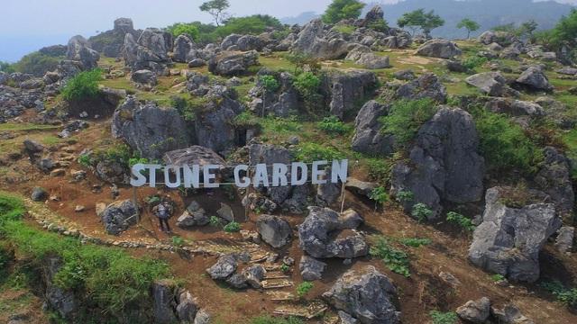 Indahnya Stone Garden, Wisata di Bandung yang Sedang Hits & Instagrammable