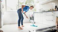 Terapkan Cara ini Agar Keramik Lantai Dapur Tidak Licin