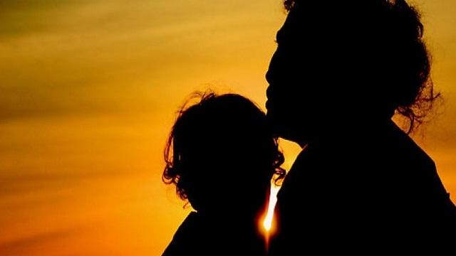 Arti Mimpi Bertemu Ibu Kandung yang Sudah Meninggal